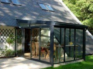 Cum poti folosi policarbonatul in proiectul casei tale